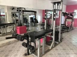 Estação de Musculação profissional - Rocha