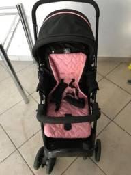 Vende-se carrinho com bebê conforto