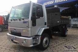 Ford Cargo 1317 - Ano: 2010 - Caçamba Basculante