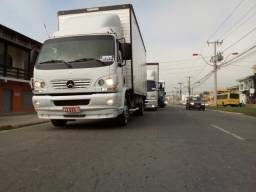 Vendo ou troco por truck accelo - 2007
