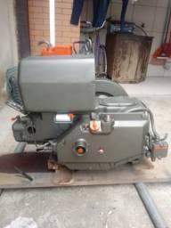 Vendo motor Yanmar NSB-18 e base - 2000