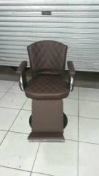 Cadeira de barbeiro cabelereiro e maquiador