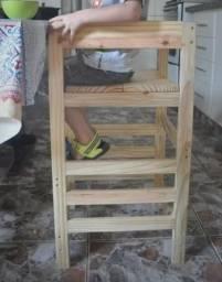 Cadeirão e Torre de Aprendizagem Montessori