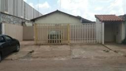 Casa em condomínio ao Lado da BR/ Próximo ao Shopping Sul Valparaíso de Goias