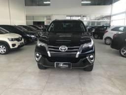 Toyota Hilux SW4 SRX 17/17 Diesel 7 lugares Top - 2017
