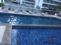 Apartamento com 3 quartos, luxuoso, mobiliado e com vista mar