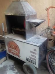 Vendo carrinho de churrasco semi novo todo em inox.