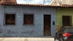 Casa pra alugar próximo ao Mateus da cajazeiras ótima localização fica rua santiago