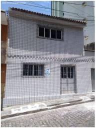 Casa Pequena tipo Duplex C/2 Quartos - Centro
