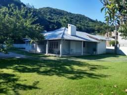 Casa para alugar com 3 dormitórios em Sambaqui, Florianópolis cod:73026
