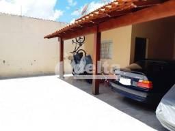 Casa à venda com 3 dormitórios em Gravatas, Uberlandia cod:34937