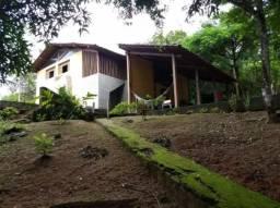 Chácara com 3 suítes em aldeia, São Lourenço-PE.