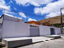Casa com 3 dormitórios para alugar, 148 m² por R$ 1.400,00/mês - Palmeira - Campina Grande