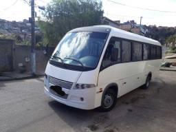 Micro ônibus volare w8 Ano 2005/2006