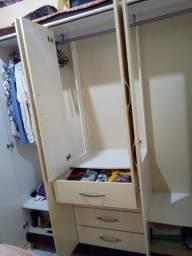 Guarda roupa 6 porta e 4 gavetas ( CONSERVADO)