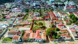 4000 m² na Praça Matriz de Alpinópolis - Acesso por 2 ruas - Oportunidade!!!