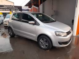 VW Fox 1.0 Completo-Excelente-2013
