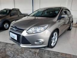 Ford - Focus SE 2.0 ( Automático + Couro ) Completo !!