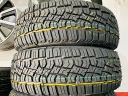 Título do anúncio: 02 pneus 205/60/15 instalados  (remolde)