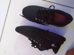 Vendo sapato para esportes unissex