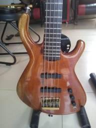 Baixo luthier Simões