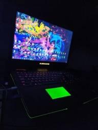 """Alienware 17"""" i7 Geforce 2GB"""