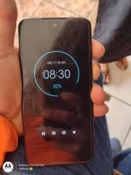 Moto G7 plus novinho