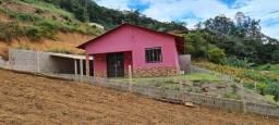 Vendo casa em  Barracão de Rio Possmoser no município de Santa Maria de Jetibá