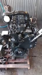 42- Motor Cummins 6BT agrícola/industrial