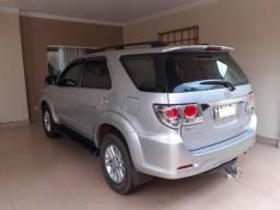 Toyota Hilux SW4 3.0 SRV 4X4 7 Lugares 16V Turbo Intercooler Diesel Automático 2013