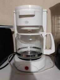 Vendo cafeteira mais forninho eletrônico 100reais