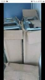 Estrutura metálica (na caixa)