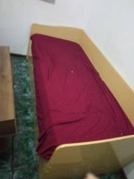 Bi cama solteiro com um colchão usada