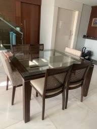 Mesa com cadeiras Barata semi nova