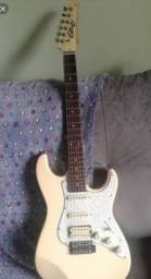 Guitarra Seizi Stone Ivory HSS Creme