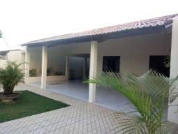 Vendo casa no Bairro de Cidade Satélite com 180m²