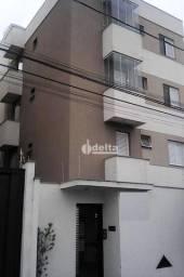 Apartamento com 2 dormitórios para alugar, 60 m² por R$ 950/mês - Santa Mônica - Uberlândi