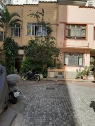 Excelente Casa 3 quartos com vaga em Copacabana