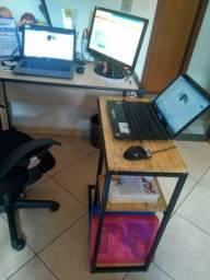 Mesa auxiliar com prateleira para sala, quarto ou escritório
