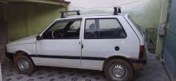 Vendo carro UNO MILLE 94