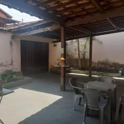 Cód.467: Vende-se excelente casa no bairro Lagoa em Belo Horizonte - MG.