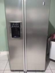 Vende-se geladeira