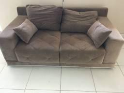 Sofá usado de 2 lugares