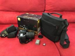 Câmera profissional Nikon D90 Completa com bolsa e flash - praticamente nova