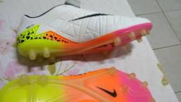 Chuteira Nike Skyn Hipervenon