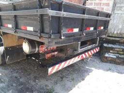 Caminhão D40
