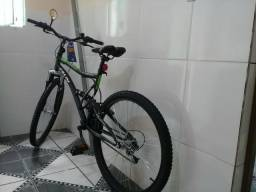 Vendo essa bicicleta nova nunca usada com nota fiscal
