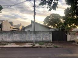 Casa na avenida w5