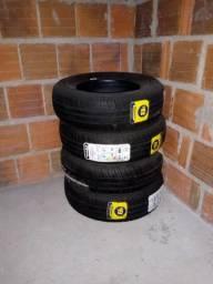 Vendo 4 pneus novos