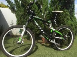Bicicleta Scott Spark 60 Metade do preço de uma nova Revisada